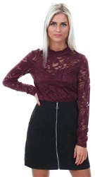 Vila Red / Winetasting Lace Long Sleeve Top