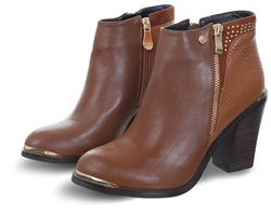 Zanni Caramel Lucia One Stud Zip Ankle Boot