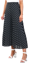 Qed Black/White Pattern Pleat Culottes