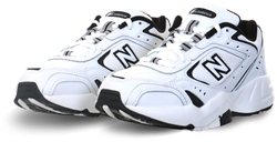 New Balance White/Black Chunky Trainer