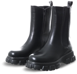 No Doubt Black Long Line Chelsea Boot