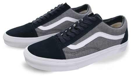 Vans Blueberry-True White Suiting Old Skool Shoes - Click to view a larger image
