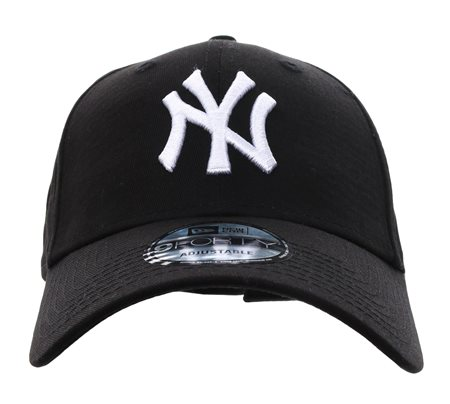 New Era Black Ny Yankees Essential 9forty  - Click to view a larger image